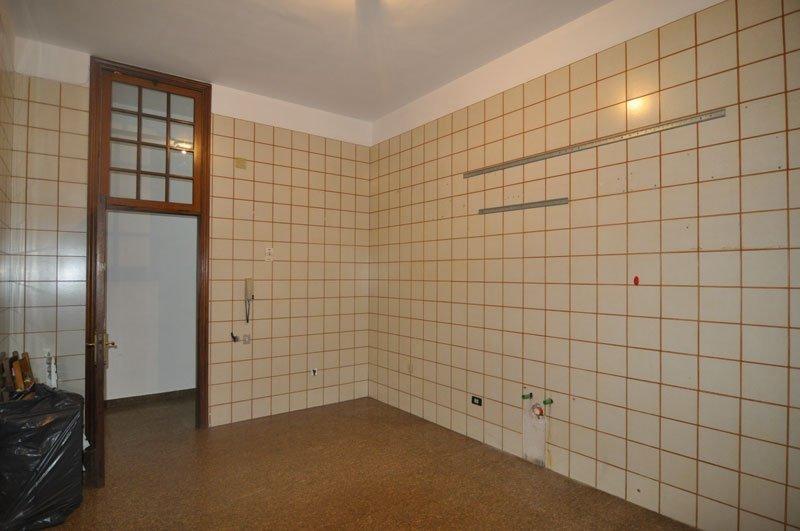 piastrelle-cucina - Immobiliare CALZOLAIO