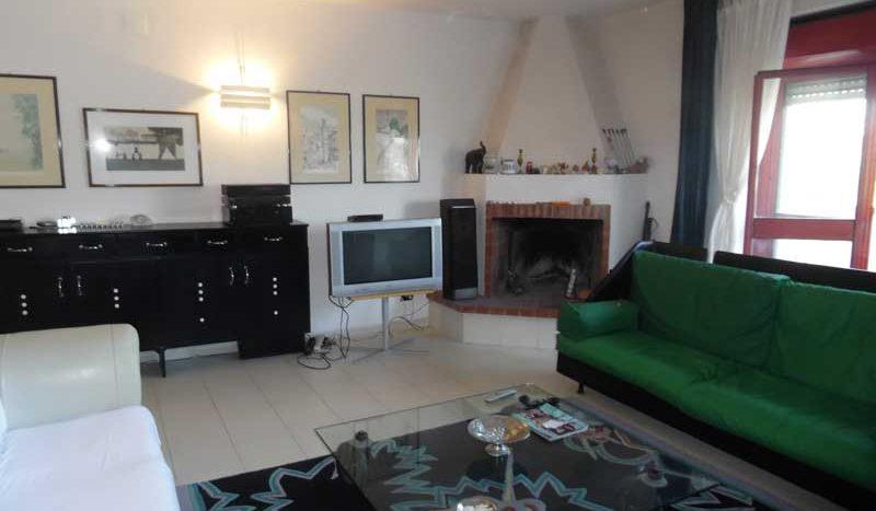 Camera Matrimoniale A Grottaglie.Appartamento Arredato In Affitto Via Oberdan Grottaglie